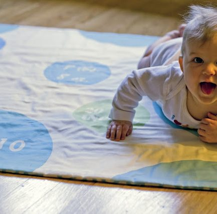 How To Use Spoonflower to Make a Customized Play Mat (aka Best Baby Gift Ever)
