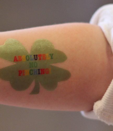 DIY 4 Leaf Clover Tattoos & Stickers (with Free Printables)