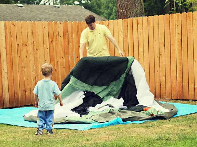 Final Summer Fun Pitching a Tent Out Back & Final Summer Fun: Pitching a Tent Out Back - Modern Parents Messy Kids