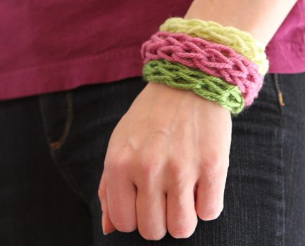 Summer Fun for Everyone: Finger Knit Bracelets