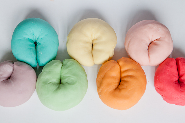 homemade playdough, jello playdough, home made playdough, diy play dough, homemade play dough, play doh, playdough recipe, play doh recipe, homemade play doh