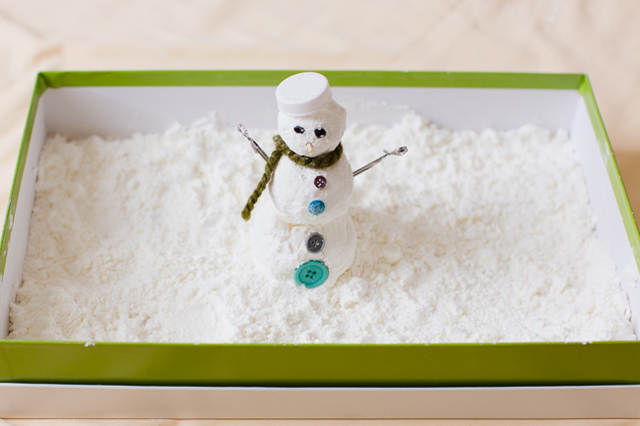 Sensory play idea - make snowmen inside!