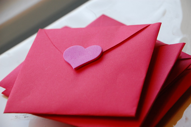 Simple & Special Ideas for Valentine\'s Day - Modern Parents Messy Kids