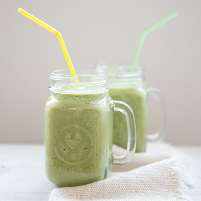 "Healthy ""Happy Green Smoothie"" recipe"