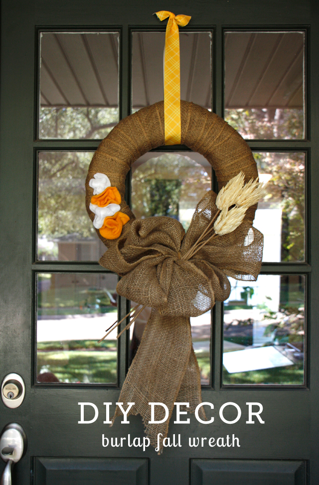 A simple fall wreath DIY - love how you can change the colors and foliage to easily take it from fall to winter.