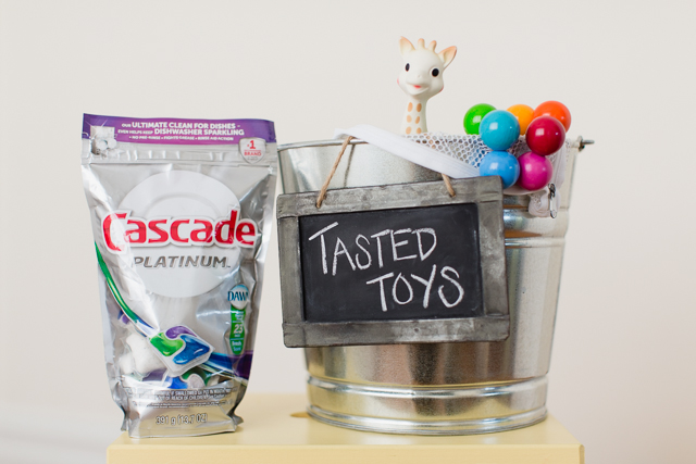 How cute is this idea for keeping baby toys clean? Such an easy 2 step process for keeping germs away after a play date!