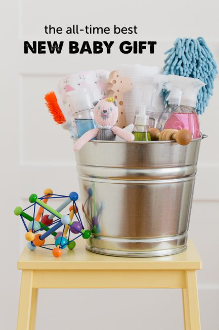 Such a cute idea for a new baby gift full of things parents actually use!