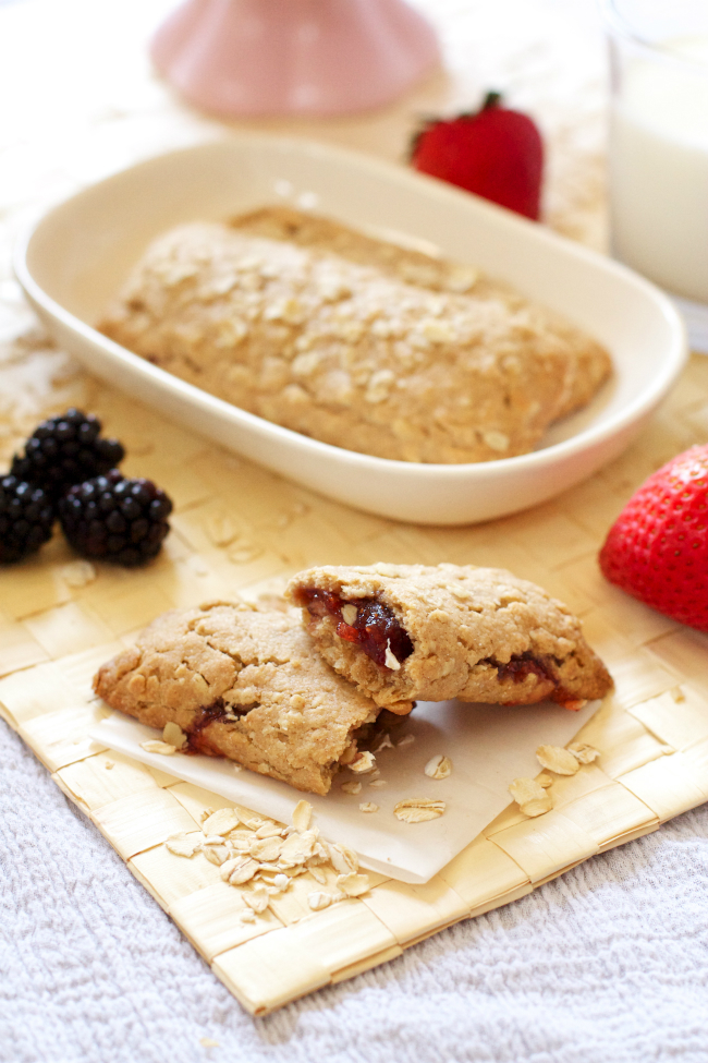 Healthy homemade cereal bars with a gluten free option too!