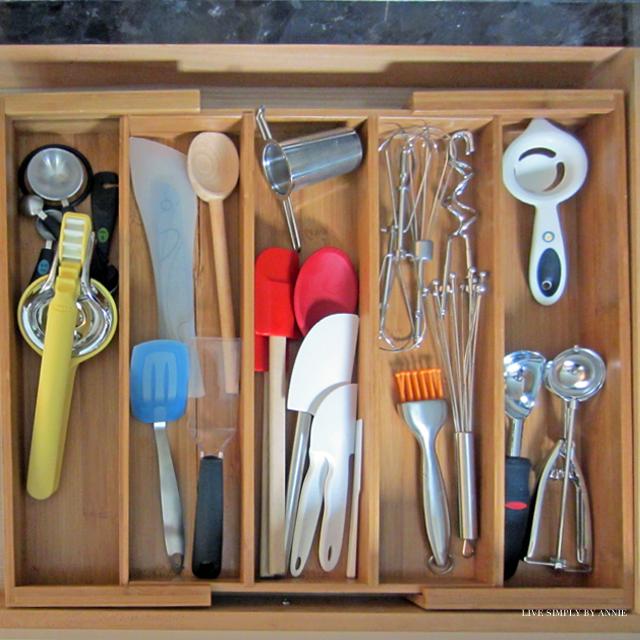 Messy Kitchen Drawer: POYEL: 5 Days To A More Organized Kitchen