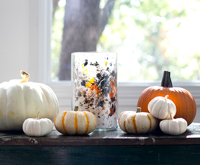 This is an easy Halloween project for kids that results in a dramatic decorative display.