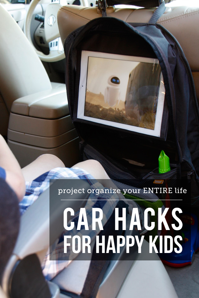 The best tips and products for driving around with happy kids - love that iPad holder! #MunchkinTravel