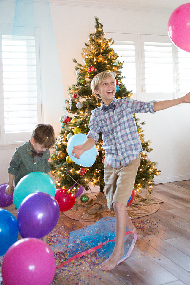Family New Years Eve Idea Diy Balloon Drop Modern Parents Messy Kids