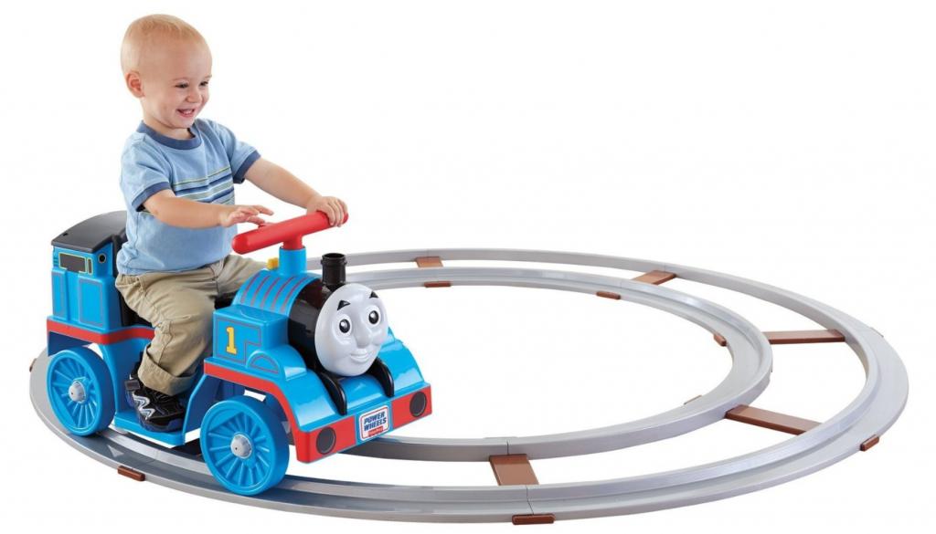 Nice Power Wheels Thomas the Train Set with Track u years