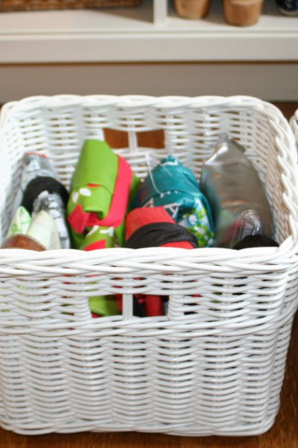 The Best Way to Fold Reusable Bags to Save Space (VIDEO)