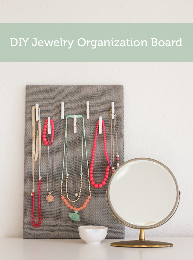 Keep your jewelry organized and easily viewable with this super simple jewelry organization board.