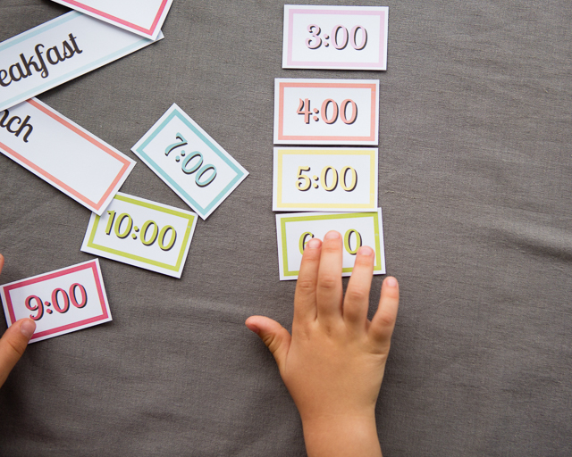 Free Printable: Making a simple schedule with kids - My kiddos have loved using this to help plan our days!