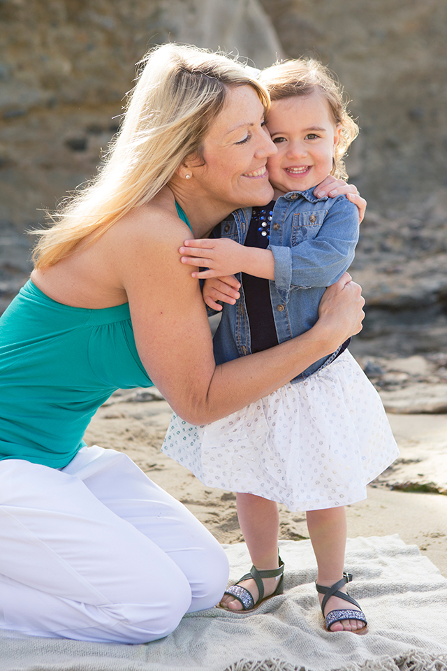 """The """"Right Way"""" to Hug Your Child - A Part of the Happy Family Habits Series"""