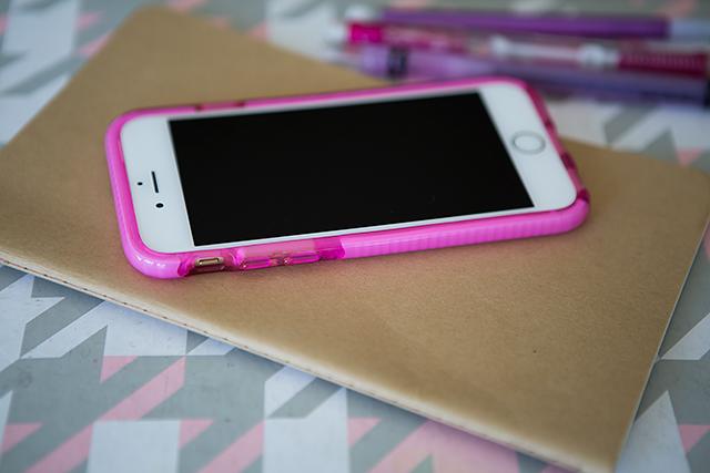 Kids & Phones: A Guide for the Newbie Mom- Helpful stuff!!