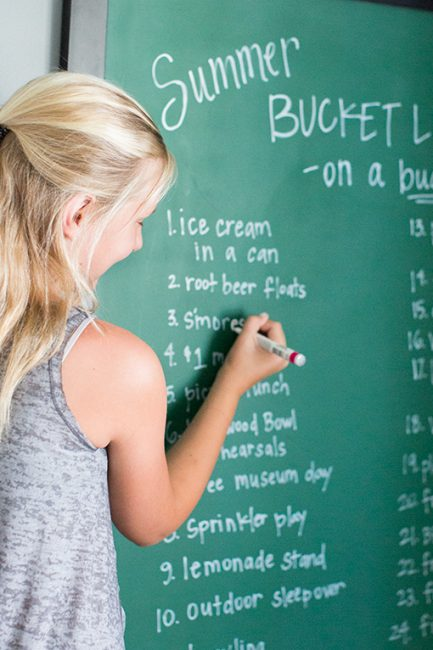 Summer Budget Bucket List: 25 Ideas that Don't Cost a Lot of Money