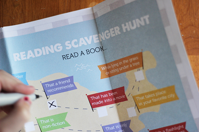 Free Printable: Kids Reading Scavenger Hunt - 25 items for kids!
