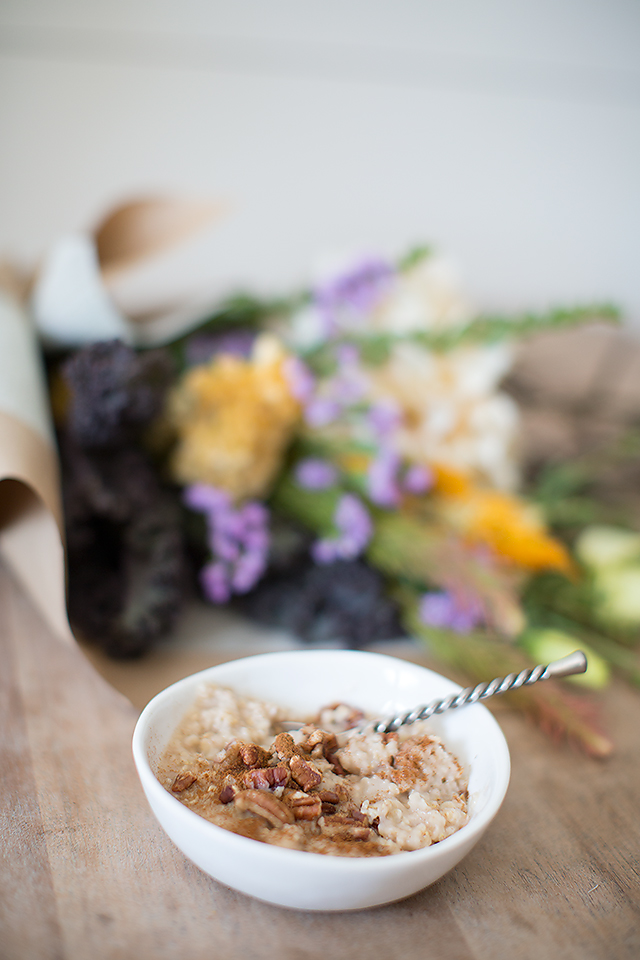 Healthy Breakfast: Pumpkin Spice Instant Oatmeal with pecans and cinnamon. Yumm!