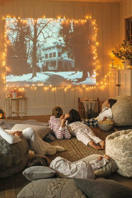 4 Steps to Start an Amazing Family Movie Night Tradition